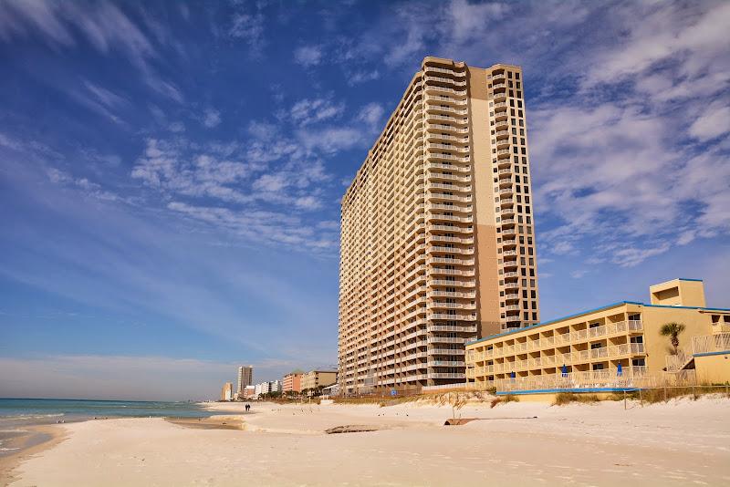 Tidewater Beach Resort - Building