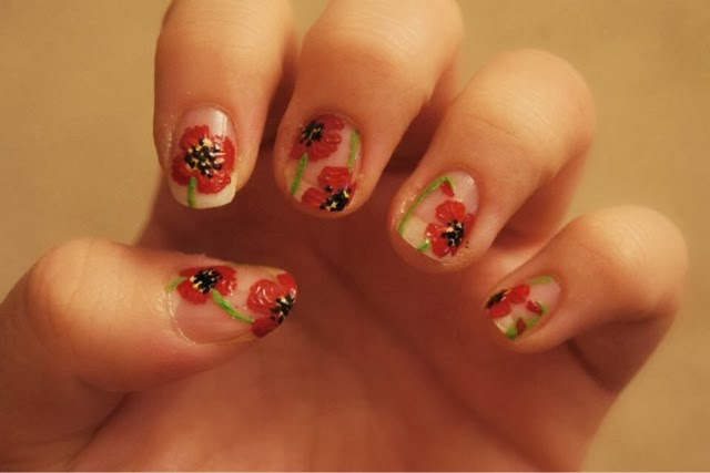 Nail art floral nail of the day nails poppy NOTDNail art floral nail of the day nails poppy NOTD