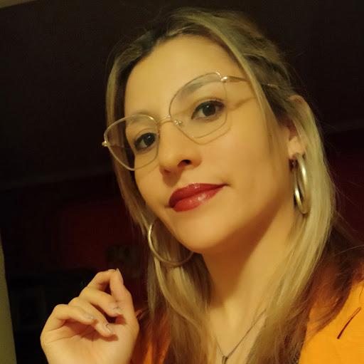 Stella Araya
