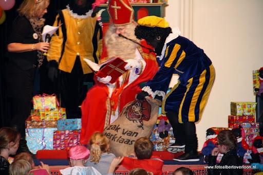 intocht sinterklaas overloon 13-11-2011 (32).JPG