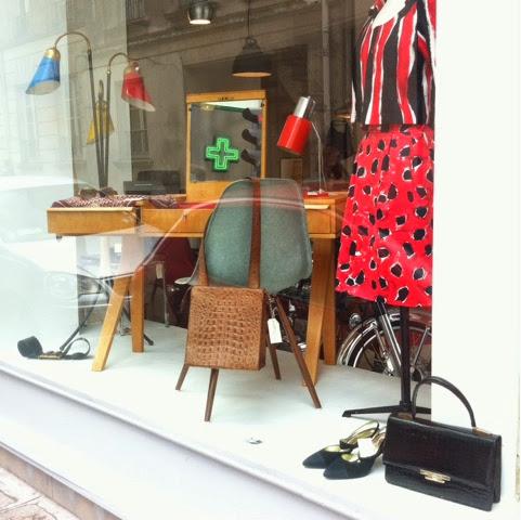 Nouvelle boutique d'objet vintage - à demain