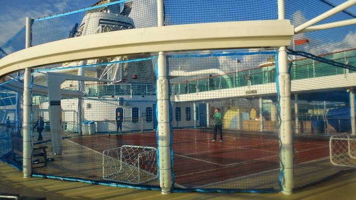 Serenade of the Seas - самый лучший круизный лайнер