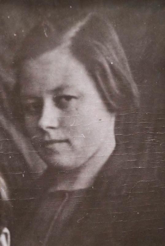 Маркова Галина - первый секретарь комсомольской организации МОУ СОШ №13 (с 1939 г.)