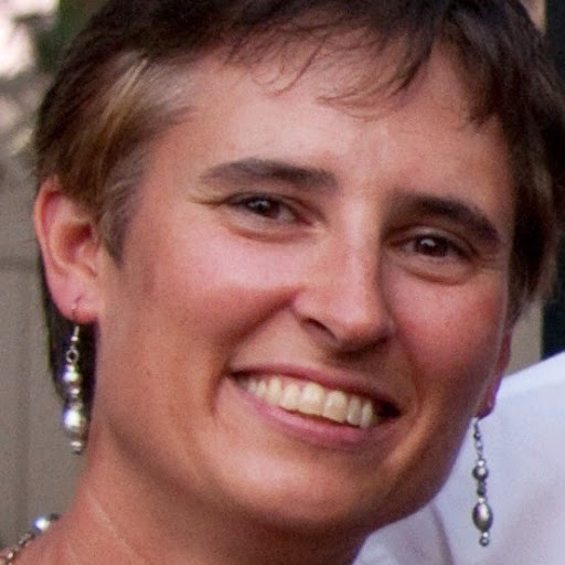 Roberta Macdonald