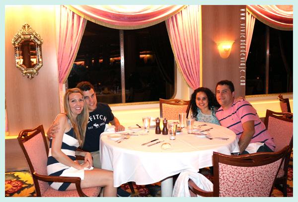 Cena con el capitán