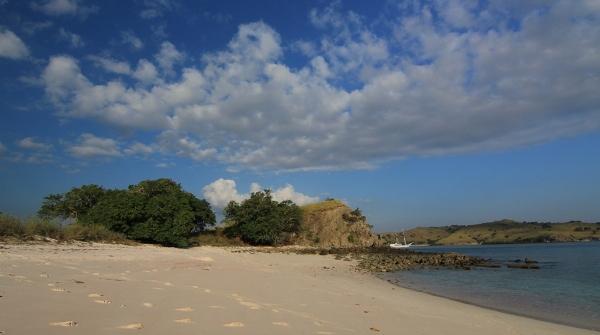 Pink Beach di Pulau Komodo, NTT
