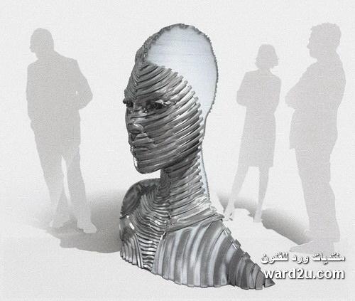 بورتريهات بخطوط منحنيه فى اعمال النحات Gil Bruvel