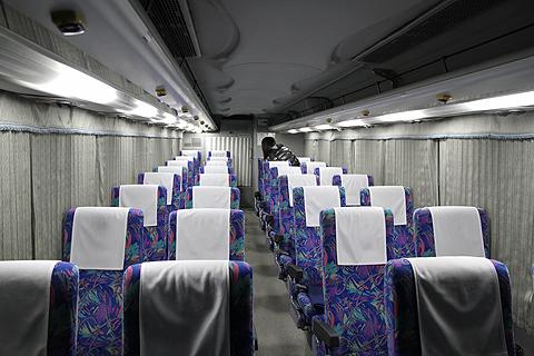 西武観光バス「Lions Express」 1644 車内