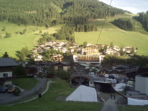 Goaßstall - Hinterglemmer Hüttenzauber, Reiterkogelweg 491, 5754 Hinterglemm, Österreich, Discothek, state Salzburg