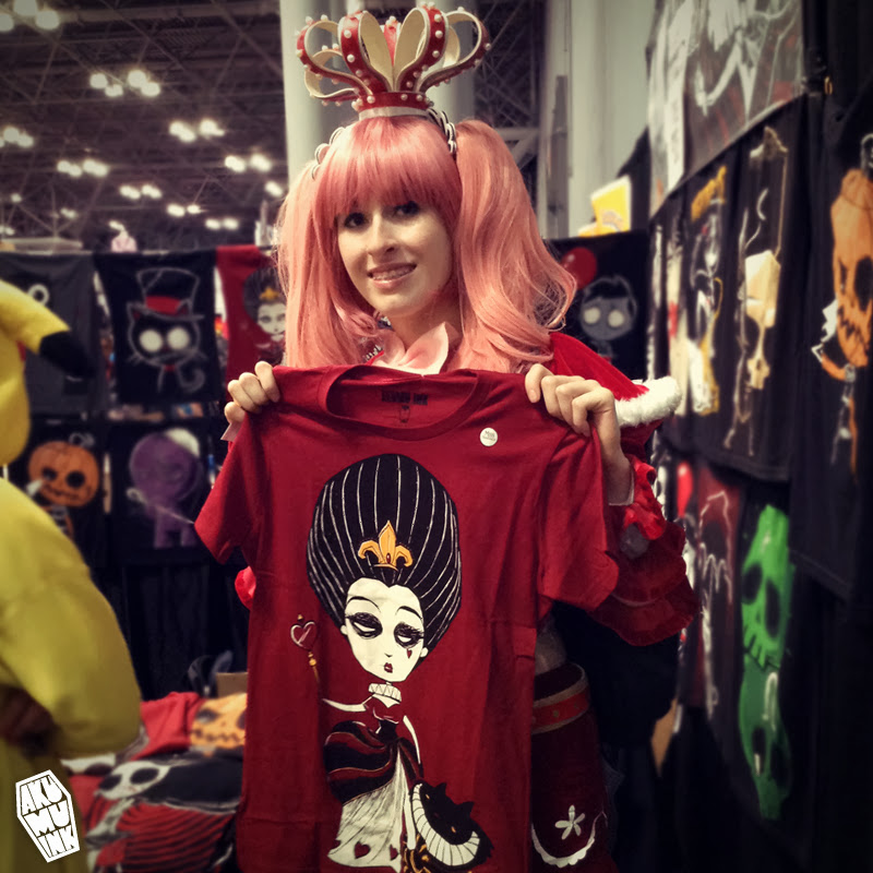 akumu ink, alice in wonderland, red queen cosplay, queen of hearts tshirt, queen of hearts cosplay, red queen shirt, red queen shirt comiccon, red queen shirt nycc, queen of hearts shirt nycc