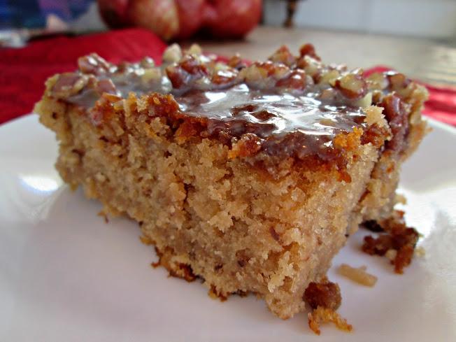 Pecan Praline Cake With Er Sauce