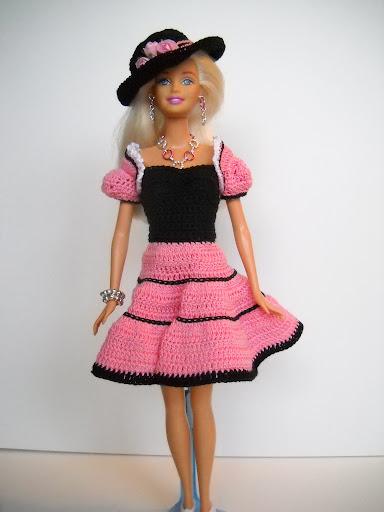 DSCN1683 - فساتين للعروسة باربي من الكروشية طريقة عمل ملابس لعرائس الاطفال بالكروشية