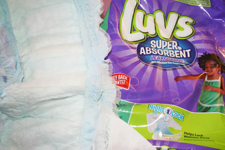 Luvs Super Absorbent Diapers at Walmart #TheClueIsInTheBlue