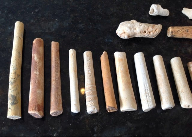 clay pipe stem dating Cast in fine white pipe clay pipe-stem dating  in archaeology, as in the study of variations in population or the size of clay-pipe stems.