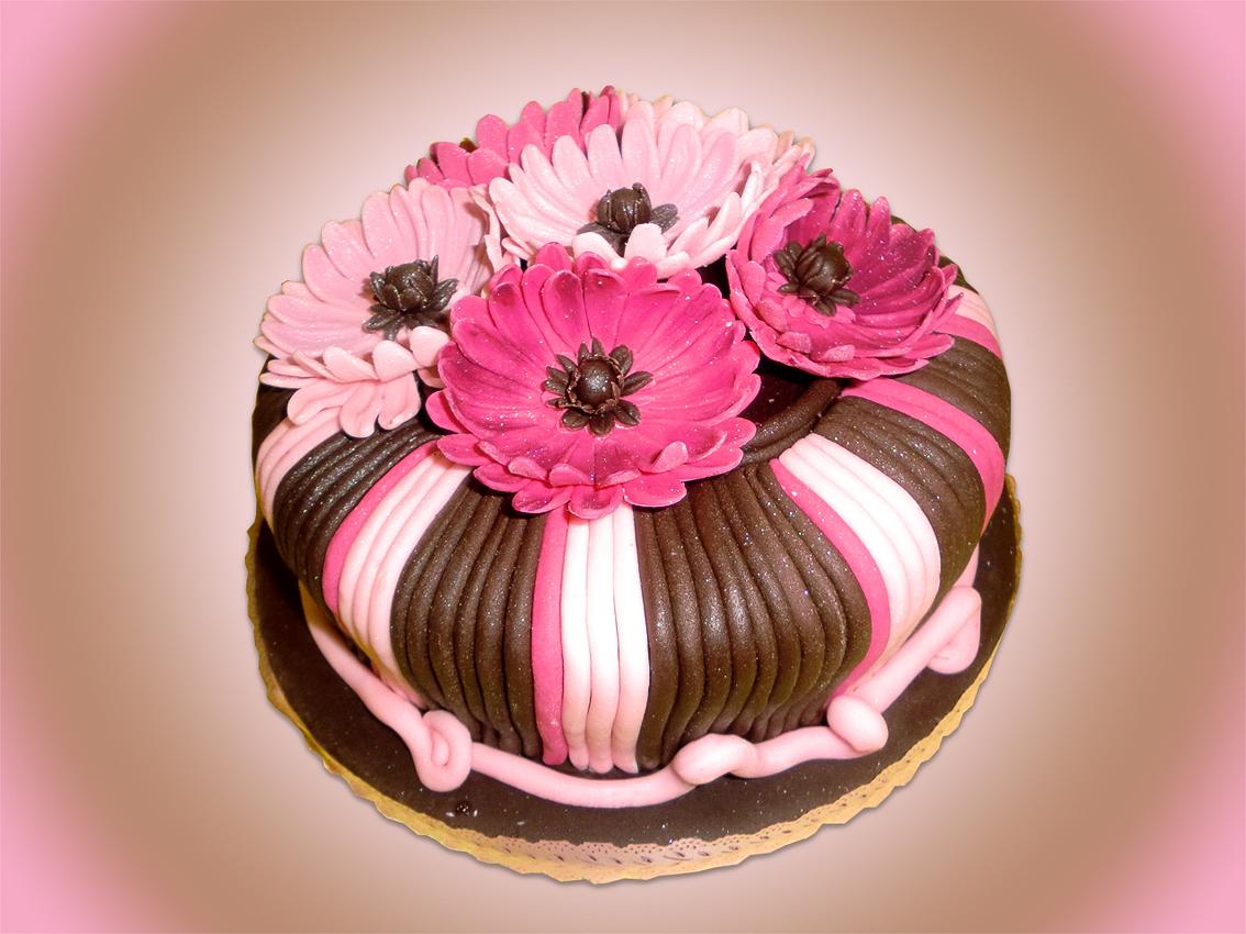 Flores De Aniversario: GANACHE Cake Design: Bolo De Aniversário