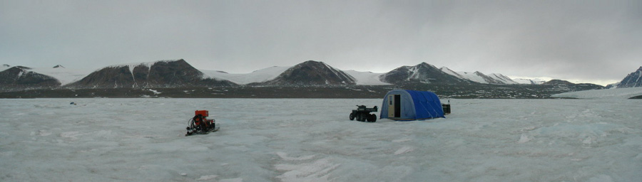 Lake Fryxell panorama with Sampling Polarhaven Unknown date in past
