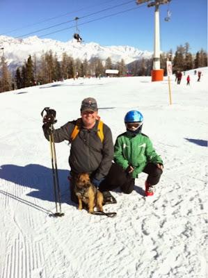 Border Terrier Charly findet seine Familie auf der Hannigalp