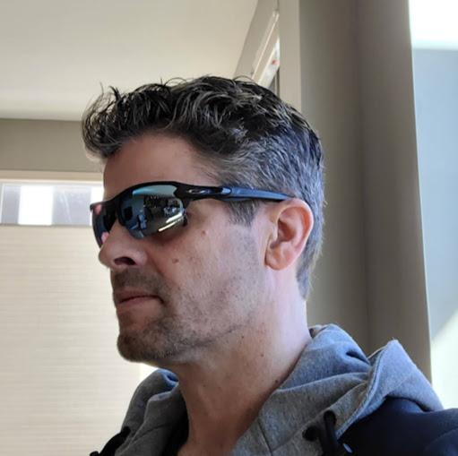 Brett Thomas