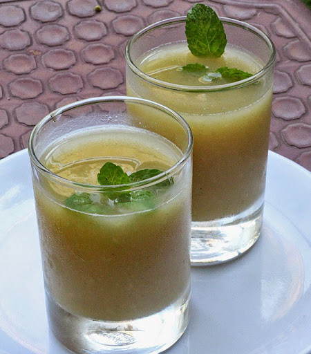 Aam Panna Recipe | How to make Kairi Panha (raw mango drink) | Recipe written by Kavitha Ramaswamy of Foodomania.com