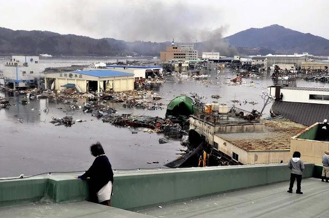 Japan Tsunami Photos 12