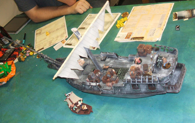 2011-11-06-pirates-rpg-deadmentellnotales-01-cursed-ship.jpg
