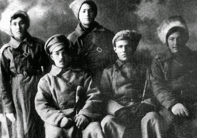 молодые сибирские казаки