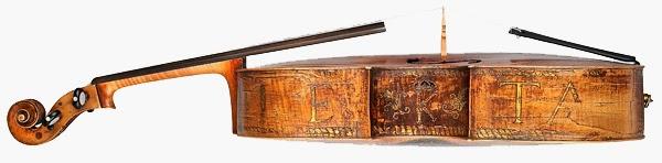 Poucos instrumentos musicais pioneiros como esse sobreviveram