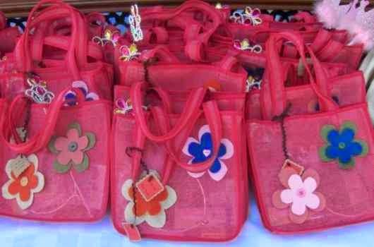 Hermosos diseños de dulceros de tela