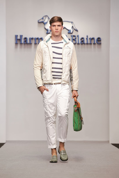 Harmont & Blaine menswear, total look
