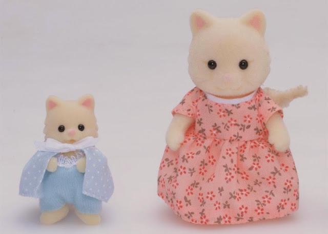Mèo sơ sinh và mèo mẹ