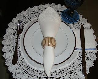 2 Arrumando a mesa...!