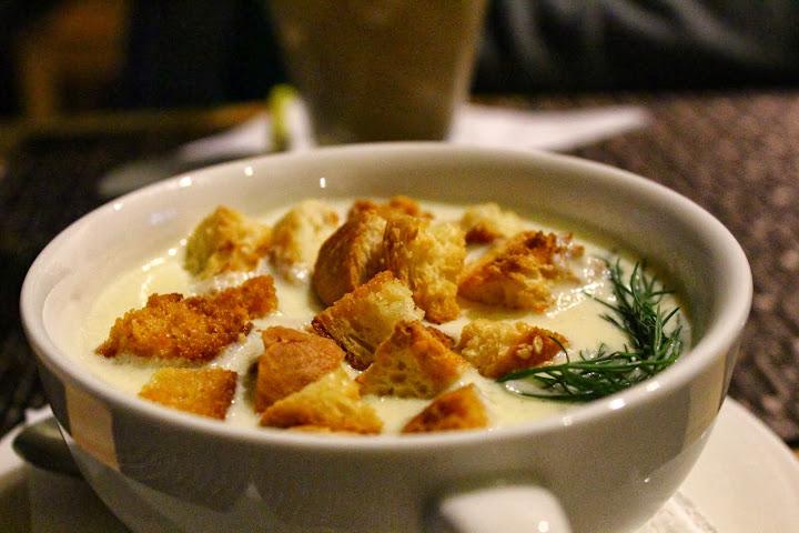 Cheese soup with croutons. Kafe 16 Irkutsk
