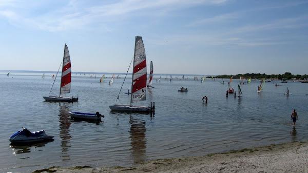 łódki i surfing w okolicach Helu