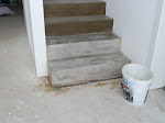 Die Treppe sieht ein wenig mehr wie Beton aus...