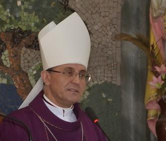 Bài giảng của ĐTGM Leopoldo Girelli tại giáo xứ Kim Trung