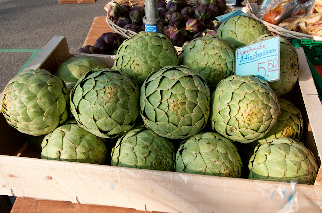 artichoke at the Market Bürkliplatz