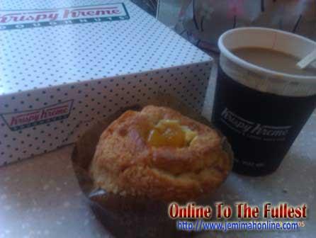 Krispy Kreme Mango kruffin