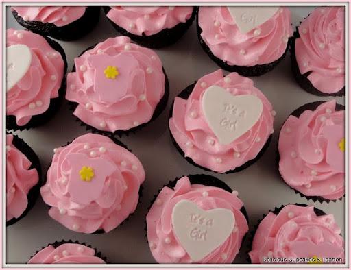 cupcakes babyshower met toef.jpg