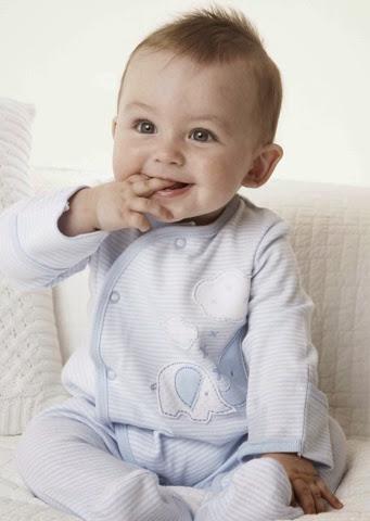 pilih baju bayi