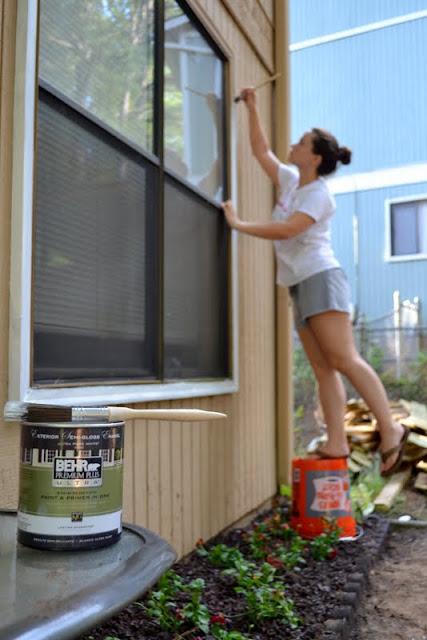 painting exterior trim
