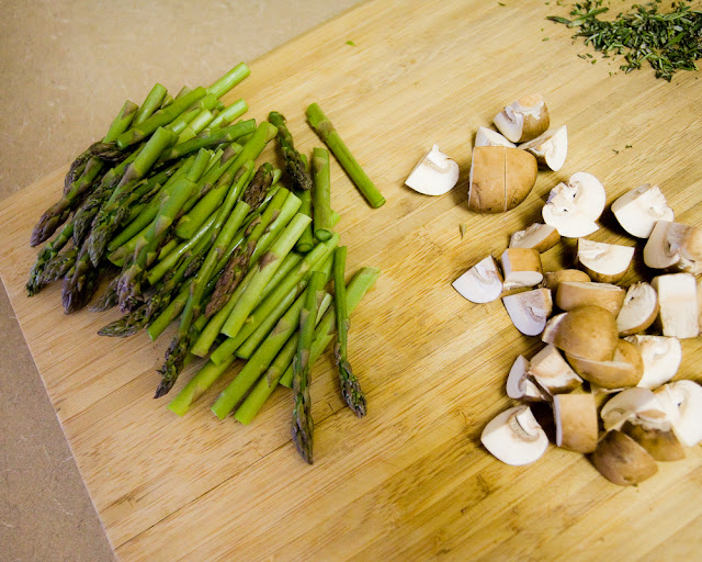 dinner prep {asparagus & mushrooms}