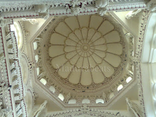 Thirumalai Nayakkar Palace -Roof art work 1