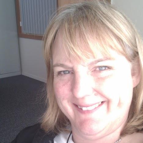 Elizabeth Mckenzie Photo 28