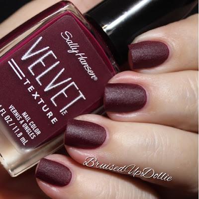 Sally Hansen Velvet Texture Lavish Swatch