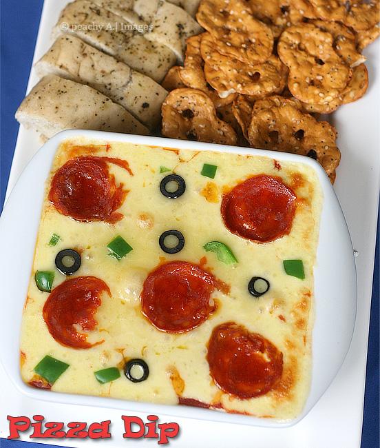 Pizza Dip | www.thepeachkitchen.com