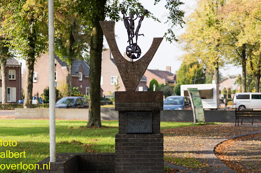 vrijheidsmonument in Overloon 03-10-2014 (2).jpg