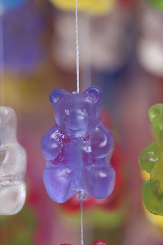 *Kevin Champeny:Gummy Bears Chandelier 小熊軟糖吊燈 6