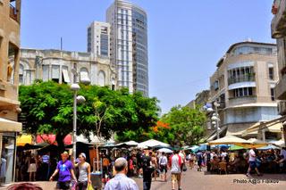 Бульвар Ротшильд. Экскурсия Тель-Авив - Яффо. Гид в Тель-Авиве и Яффо Светлана Фиалкова.