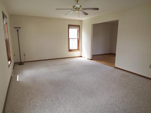 Utuy Design Empty Bedroom