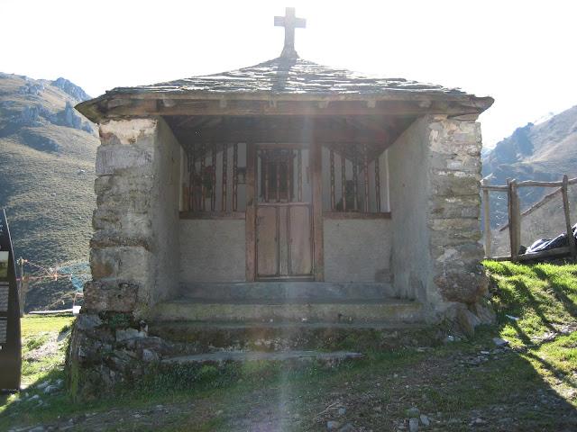 Rutas Montaña Asturias: Capilla Barandón